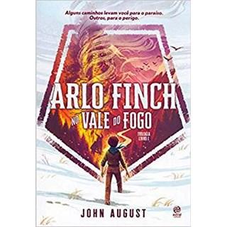 Livro - Arlo Finch - No Vale Do Fogo - Livro 1  - August